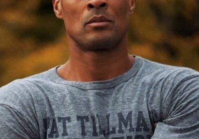 David Goggins transformation from overweight to fit US Navy Seal! Know about his married life, parents, book etc.