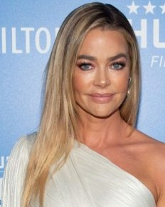 Actress Denise Richards revealed about her divorce with ex-husband Charlie Sheen! Her ex-husband brought hooker on Thanksgiving dinner?