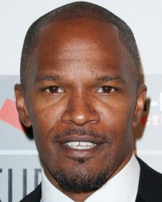 Are Ray Actor Jamie Foxx and Sela Vave dating? Who is Sela Vave?