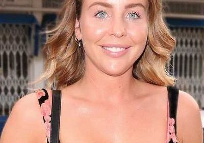 British TV Personality Lydia Bright announced her pregnancy! Did she split with Lee Cronon?