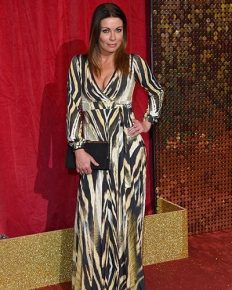Coronation Street star Alison King is engaged to her mystery boyfriend! Know about her previous relationships!