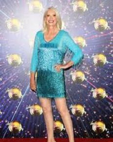 The contestant of Strictly Come Dancing 2019 Anneka Rice updates her fans about her injured shoulder post-accident!