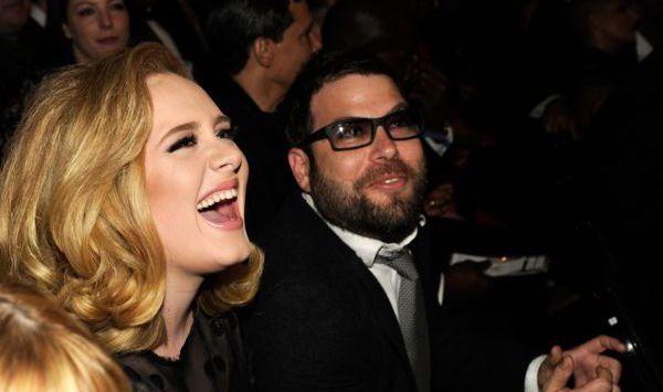 Adele files divorce to Simon Konecki