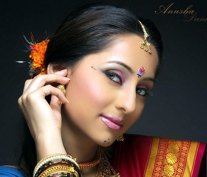 for-imaginary-anusha-golden-hot