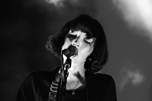 Elena Tonra, frontwoman of Daughters