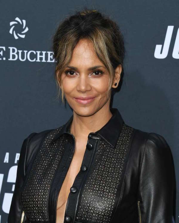 Halle Berry against plastic surgery