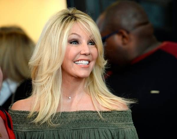 Heather Locklear smiling