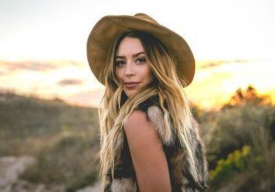 Country Singer Kylie Railie Harris sadly dies in a car crash!