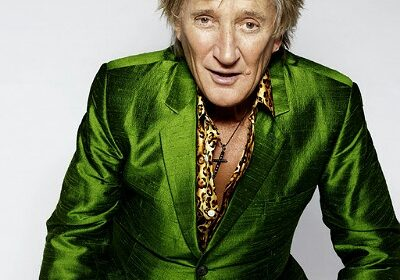 Singer-Songwriter Rod Stewart opens up about his secret battle with prostate cancer over the last 2 years!