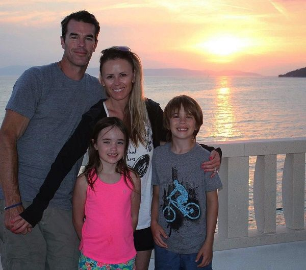 Trista Rehn and Ryan Sutter with kids