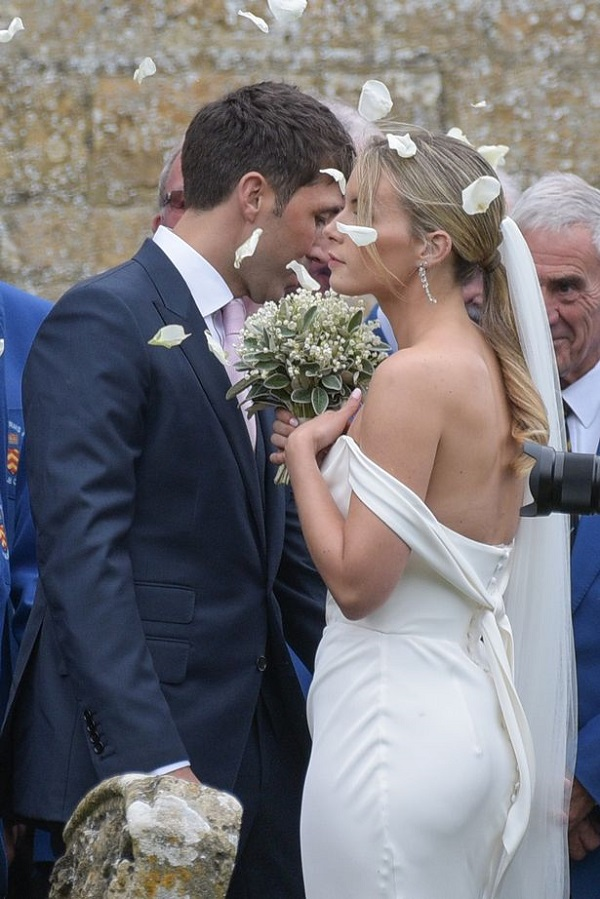 The Countryside Nuptials Rugby Player Gavin Henson
