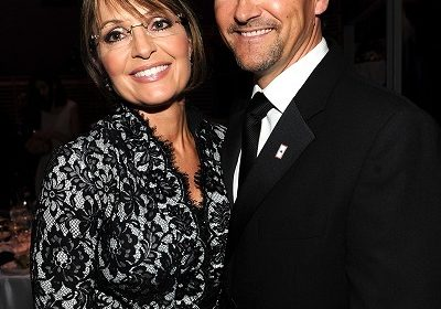 Todd Palin, Sarah Palin's husband files for divorce in Alaska! Know the reason for the divorce!
