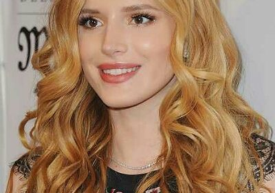 The bisexual Bella Thorne makes it Instagram official that she has a new girlfriend! Is she still dating boyfriend Benjamin Mascolo?