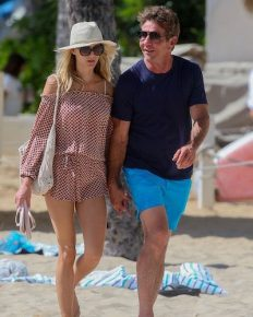 Dennis Quaid, 65 is engaged to his 26 year old girlfriend Laura Savoie