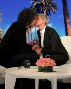 """King of All Media"" Howard Stern makes his first appearance on The Ellen DeGeneres Show. Also offers her a kiss as a remedy to distract Ellen and viewers from the controversy received for laughing with President George W. Bush"