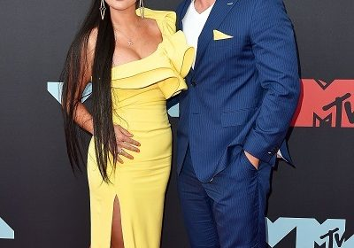 Reality TV star Jenni 'JWoww' Farley has split from her boyfriend Zack Clayton Carpinello following the Angelina Pivarnick cheating scandal!