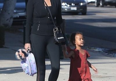The parents, Ron and Vilailuck, of supermodel Chrissy Teigen are divorcing! Chrissy and her daughter Luna take a stroll in Los Angeles!