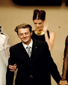 Dutch fashion designer Josephus Thimister dies of suicide at age 57!