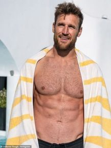Brooks Laich, Husband Of Julianne Hough Has A New Year 2020 Resolution; Says Wants To Learn More About The 'Sexuality'! Seriously?