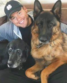 Colton Underwood Opened Up About Depression, Anxiety and Stress; Who Helped Him To Get Out From it?