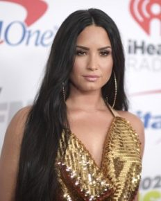 Celebrities Who Battled With Depression. Now Inspires and Motivates on Mental Health Awareness!