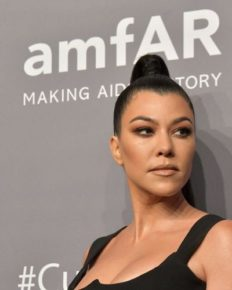 Don't Miss The Updates Of The Latest Episode Of KUWTK; Kourtney Kardashian Reached Her 'Breaking Point' In The Episode!!