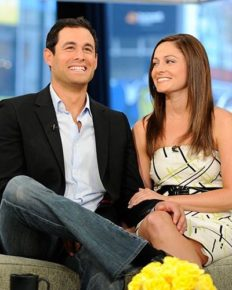 Who is Molly Malaney? Unknown facts about her husband, Jason Mesnick and daughter
