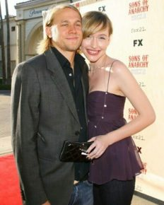 Charlie Hunnam is not interested in marrying his girlfriend Morgana McNelis!