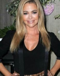 Denise Richards accused of lesbian affair with Brandi Glanville!