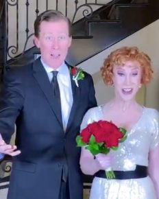 Suprise! American Comedian Kathy Griffin Announced Her Wedding On New Year With LongTime Boyfriend Randy Bick