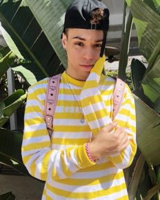 TikTok Star Turned YouTuber, Larray And Some UnKnown Facts About Him!