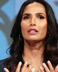 49, Padma Lakshmi Shows Off Her Body On The Bikini During Her Miami Girl's Trip! Padma Laxmi's photos