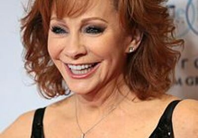 Reba McEntire happy of the way she handled her 2015 divorce with ex-husband Narvel Blackstock!