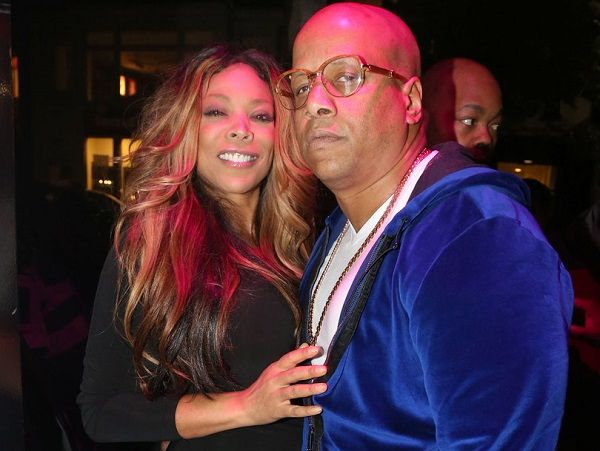 Wendy Williams divorced with her husband