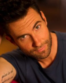 Adam Levine Apologized For 'Maroon 5' After His Performance In Chile Concert!