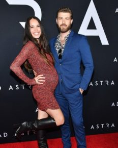Chelsea Tyler And Her Husband Jon Foster Welcomed Their First Child Together; Shares The First Baby On The Social Media!