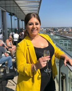 Gogglebox star Izzi Warner is mother for the second time!