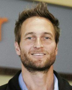 John Miller, Jennifer Garner's boyfriend uncomfortable with her ex-husband Ben Affleck's praise of her now!