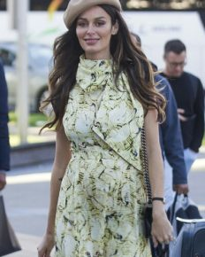 Australian supermodel Nicole Trunfio wants more babies despite her difficult third pregnancy!