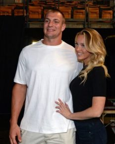 Rob Gronkowski and Camille Kostek talk about hooking before games! Their relationship