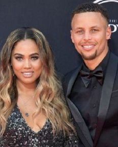 Steph Curry And His Wife Ayesha Curry's Fun Filled Vacay! Love Life Of Husband And Wife Of A Decade Holiday!