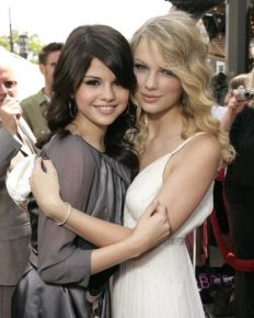 Everytime Selena Gomez And Taylor Swift Gave The Glimpse Of Frienship Goals! Find out