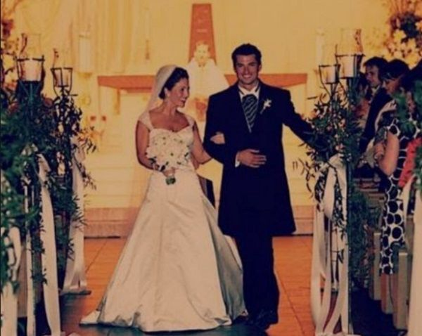 Amanda Moye Brown and Wes Brown wedding picture