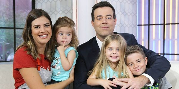 Carson Daly with his family