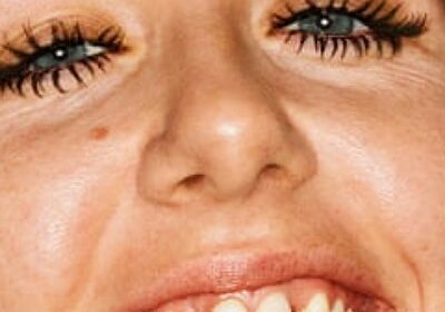 Gucci's mascara ad campaign featuring punk musician Dani Miller criticized!