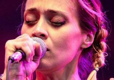 Singer Fiona Apple talks of cocaine addiction and how she stopped it!