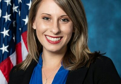 Katie Hill, ex-lawmaker is dating Playboy writer Alex Thomas!