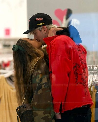 Machine Gun Kelly confirmed dating model Sommer Ray! Their past relationship and net worth