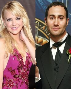 Anna Faris engaged to Michael Barrett! Anna's engagement, ex-husband, son, net worth
