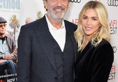 Who is Arielle Lorre? Married life with producer Chuck Lorre!
